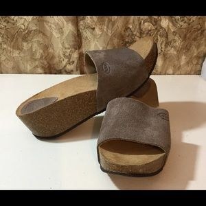 Dr Scholls Brown Suede Clog Sandals